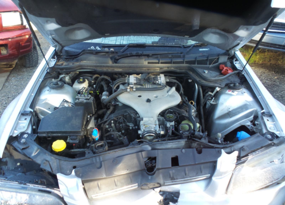 2009 HOLDEN COMMODORE ENGINE LONG