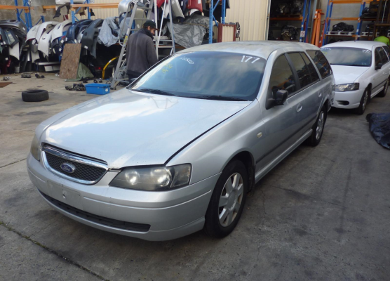 2005 FORD FALCON ENGINE LONG