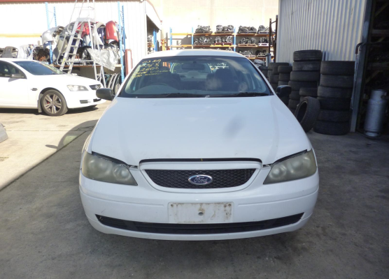 2003 FORD FALCON BA GUARD LF