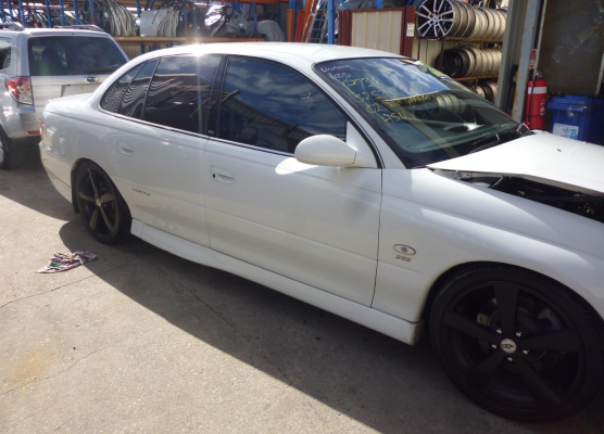 2002 HOLDEN STATESMAN WHII 4 SP AUTOMATIC ENGINE LONG