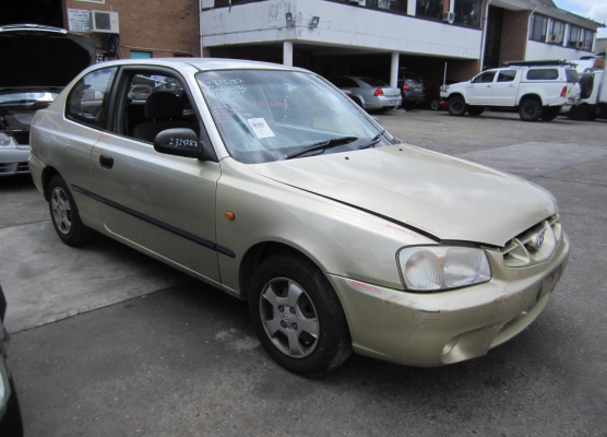 2000 HYUNDAI ACCENT LC 1.5L MULTI POINT F/INJ DOOR LF