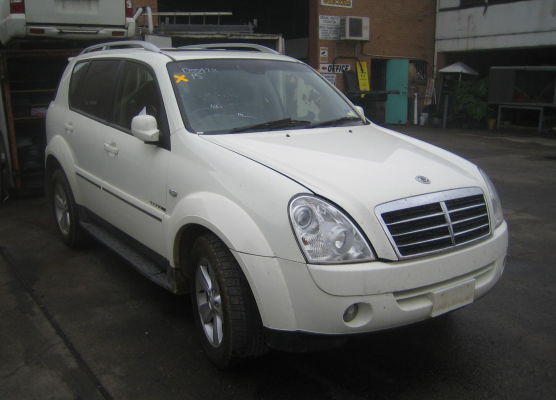 2010 SSANGYONG REXTON DIFF COMPLETE FRONT