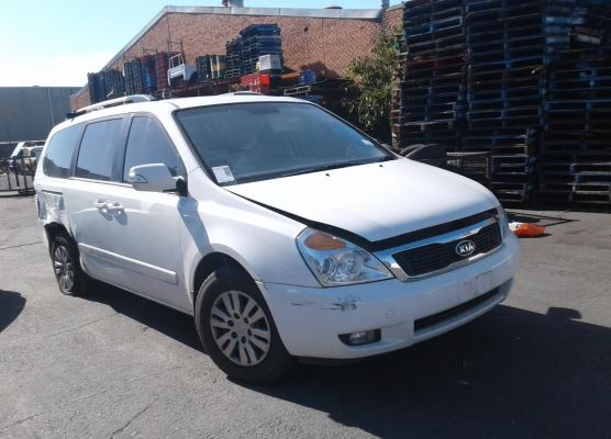 2011 KIA CARNIVAL VQ MY11 S 4 SP AUTOMATIC 2.7L MULTI POINT F/INJ ALTERNATOR