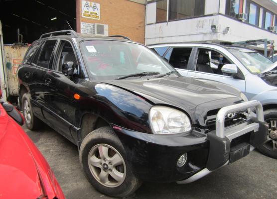2005 HYUNDAI SANTA FE 05 UPDATE (4x4) 4 SP AUTOMATIC 2.7L MULTI POINT F/INJ HEADLIGHT LEFT