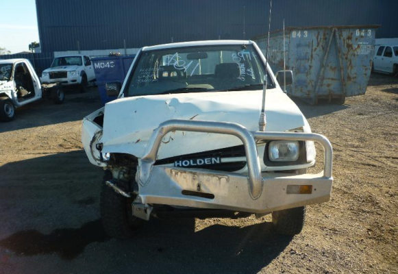 2001 HOLDEN RODEO GUARD LF