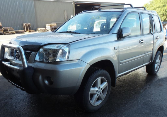 2005 NISSAN X-TRAIL T30 2.5L MULTI POINT F/INJ STRUT LF