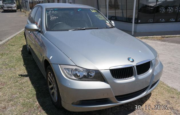 2006 BMW 3 E90 DOOR MIRROR RF