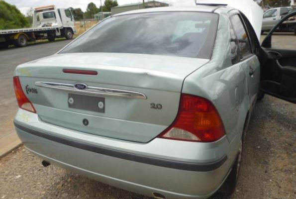 2003 FORD FOCUS LR COMPLETE VEHICLE