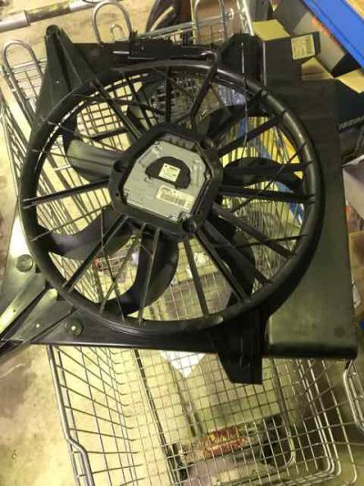 2005 VOLVO XC90 05 UPGRADE T6 4 SP AUTOMATIC GEARTRONIC 2.9L TURBO MPFI RADIATOR FAN ASSEMBLY
