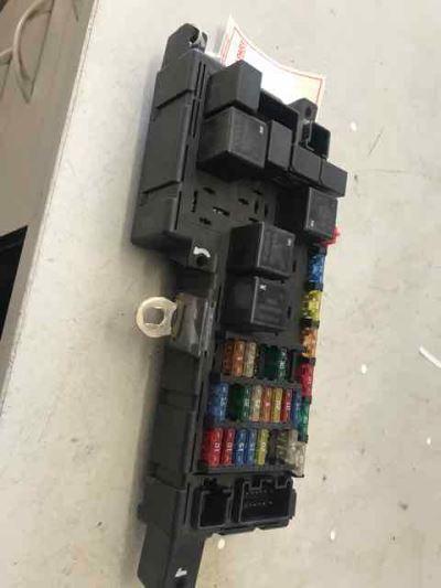 2001 volvo v70 xc 4 sp automatic fuse box