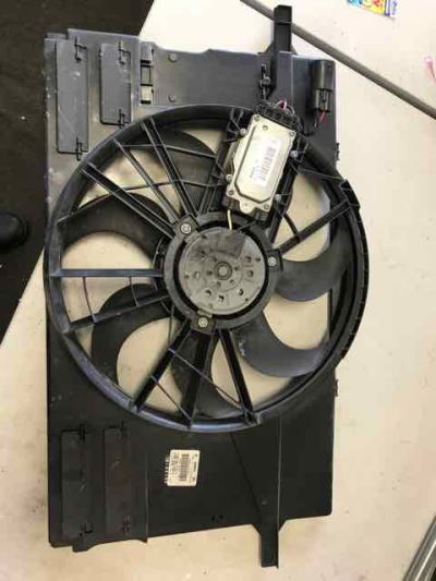 2010 VOLVO C30 MY10 T5 5 SP AUTOMATIC GEARTRONIC 2.5L TURBO MPFI RADIATOR FAN ASSEMBLY