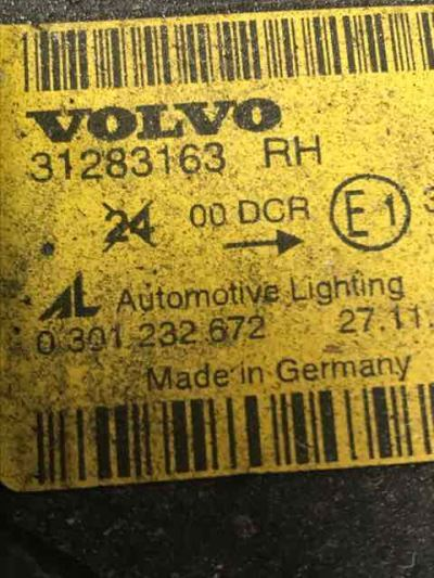 2010 VOLVO C30 MY10 T5 5 SP AUTOMATIC GEARTRONIC 2.5L TURBO MPFI HEADLIGHT RIGHT