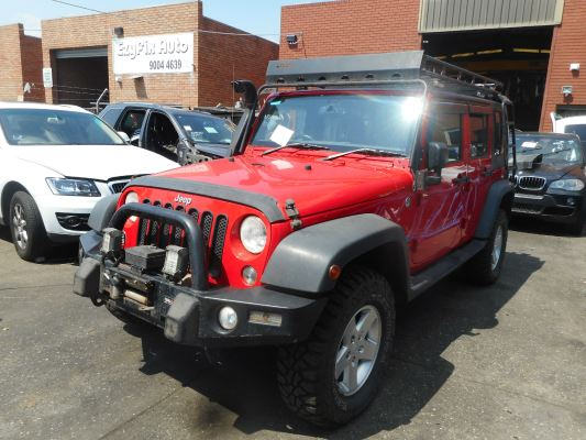 2014 JEEP WRANGLER UNLIMITED JK MY13 RENEGADE SPORT (4X4) 5 SP AUTOMATIC 3.6L MULTI POINT F/INJ TAILSHAFT REAR