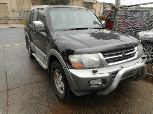 2001 MITSUBISHI PAJERO NM EXCEED LWB (4x4) 5 SP AUTO SPORTS MODE 3.5L MULTI POINT F/INJ TAILSHAFT REAR