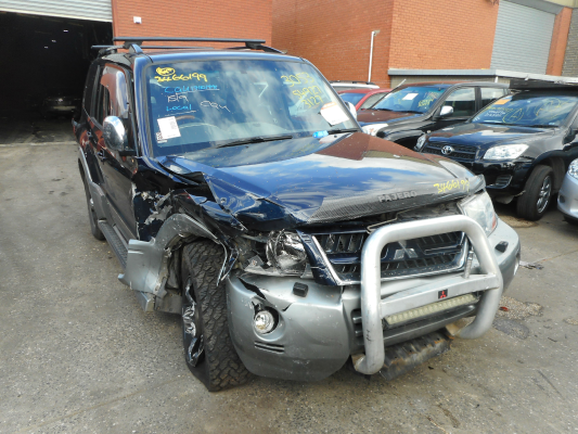 2003 MITSUBISHI PAJERO NP EXCEED LWB (4x4) 5 SP AUTO SPORTS MODE 3.5L MULTI POINT F/INJ TAILGATE