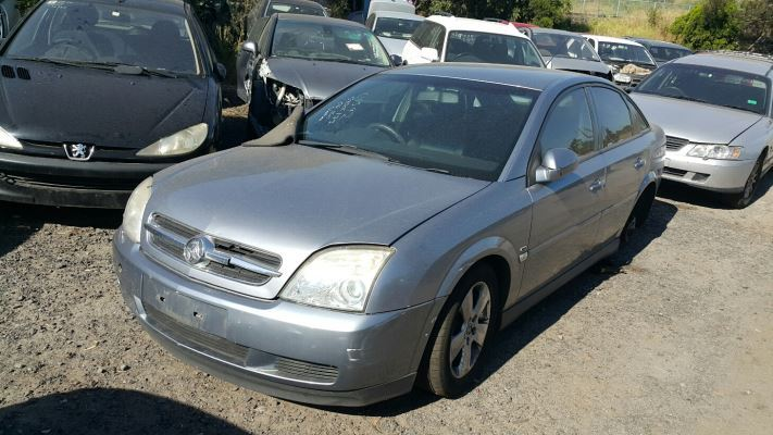 2006 HOLDEN VECTRA ZC MY05 UPGRADE CD 5 SP AUTOMATIC 2.2L MULTI POINT F/INJ GUARD RF