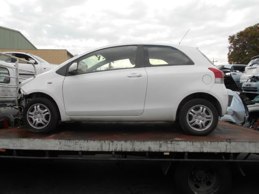 2011 TOYOTA YARIS NCP130R YR 4 SP AUTOMATIC 1.3L MULTI POINT F/INJ CONTROL ARM LOWER LF