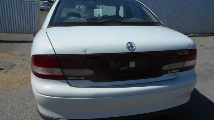 2000 HOLDEN COMMODORE VTII EXECUTIVE 4 SP AUTOMATIC 3.8L MULTI POINT F/INJ DOOR LOCK ASSEMBLY RF