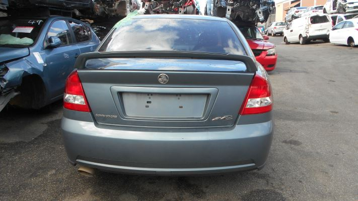 2006 HOLDEN COMMODORE VZ EXECUTIVE 4 SP AUTOMATIC 3.6L MULTI POINT F/INJ BAR COVER FRONT