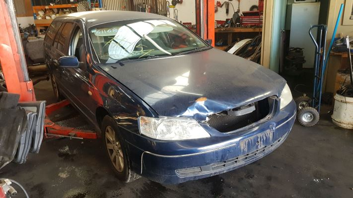 2003 FORD FALCON BA FUTURA 4 SP AUTO SEQ SPORTS 4.0L MULTI POINT F/INJ DOOR 1/4 GLASS LR