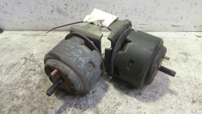 1999 FORD FAIRLANE AU (NU) GHIA 4 SP AUTOMATIC 4.0L MULTI POINT F/INJ ENGINE MOUNTS (PAIR)