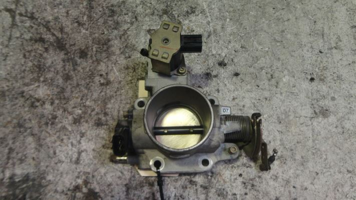 2001 FORD LASER KQ SR2 4 SP AUTOMATIC 2.0L MULTI POINT F/INJ THROTTLE BODY MPEFI