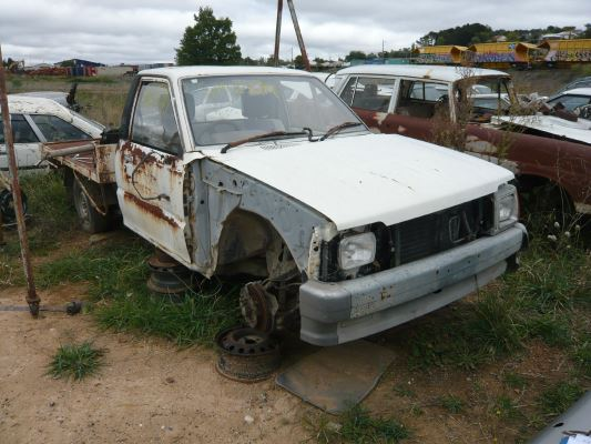 1989 FORD COURIER PC 5 SP MANUAL 2.0L CARB TRANSMISSION/GEARBOX