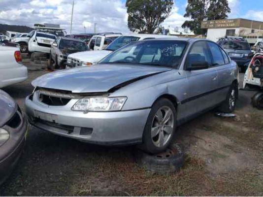 2003 HOLDEN COMMODORE VY EXECUTIVE 4 SP AUTOMATIC 3.8L MULTI POINT F/INJ DOOR LF