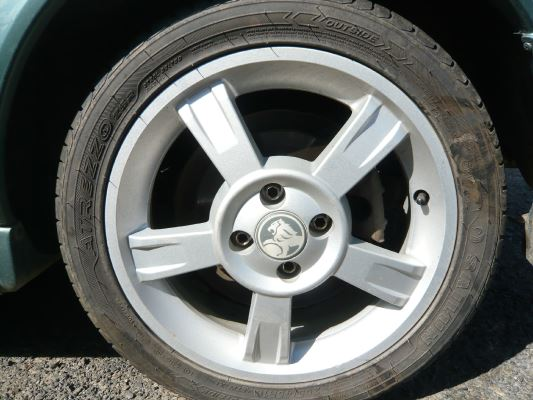 2000 HOLDEN ASTRA TS CD 5 SP MANUAL 1.8L MULTI POINT F/INJ WHEEL (ALLOY/MAG) 4