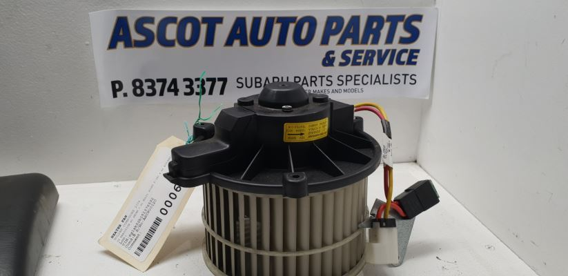 2004 HOLDEN COMMODORE VZ EXECUTIVE 4 SP AUTOMATIC 3.6L MULTI POINT F/INJ HEATER FAN