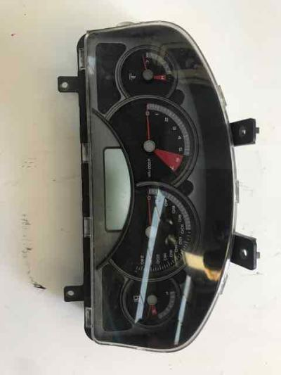 2004 HOLDEN COMMODORE VYII 4 SP AUTOMATIC 3.8L MULTI POINT F/INJ INSTRUMENT CLUSTER