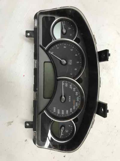 2004 HOLDEN COMMODORE VYII 3.8L MULTI POINT F/INJ INSTRUMENT CLUSTER