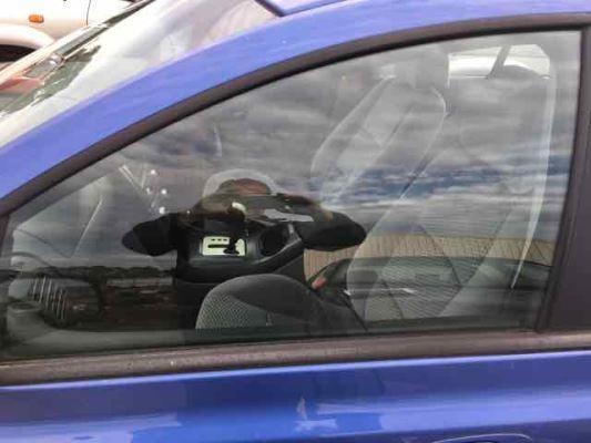 2004 FORD FALCON BA XT 4 SP AUTO SEQ SPORTS 4.0L MULTI POINT F/INJ DOOR GLASS LF