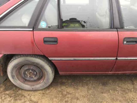1991 HOLDEN COMMODORE VP VACATIONER 4 SP AUTOMATIC 3.8L MULTI POINT F/INJ DOOR RR