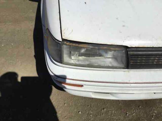 1990 TOYOTA COROLLA AE92 CS 5 SP MANUAL 1.6L CARB HEADLIGHT RIGHT