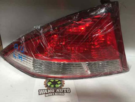 2002 FORD FALCON AUIII FORTE 4 SP AUTOMATIC 4.0L MULTI POINT F/INJ TAIL LIGHT LEFT