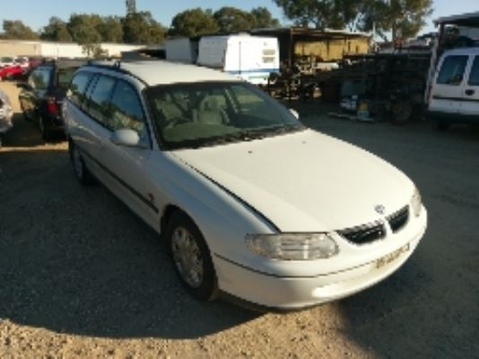1997 HOLDEN COMMODORE VT EXECUTIVE 4 SP AUTOMATIC 3.8L MULTI POINT F/INJ BAR REAR COMPLETE
