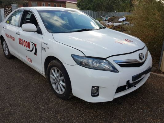 2010 TOYOTA CAMRY AHV40R HYBRID CONTINUOUS VARIABLE 2.4L MULTI POINT F/INJ DOOR RF