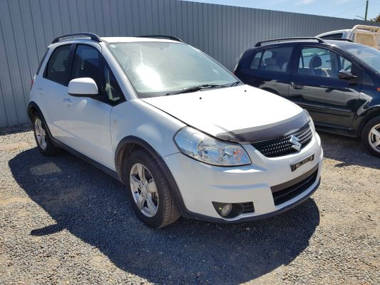 2011 SUZUKI SX4 GY MY11 S 6 SP MANUAL 2.0L MULTI POINT F/INJ DOOR RR