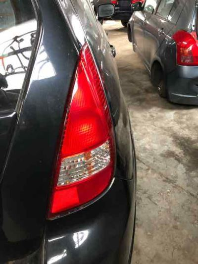 2004 SUZUKI LIANA 4 SP AUTOMATIC TAIL LIGHT RIGHT