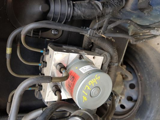 2012 HYUNDAI i30 FD MY12 ABS BRAKE UNIT