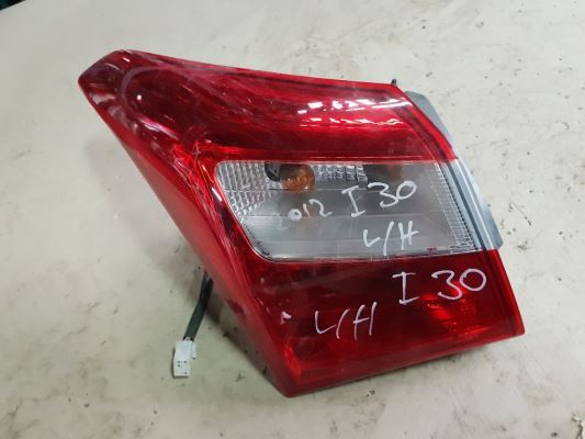 2015 HYUNDAI i30 TAIL LIGHT LEFT