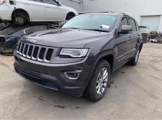 2014 JEEP GRAND CHEROKEE LAREDO (4X2) 8 SP AUTOMATIC 3.6L MULTI POINT F/INJ HEADLIGHT LEFT