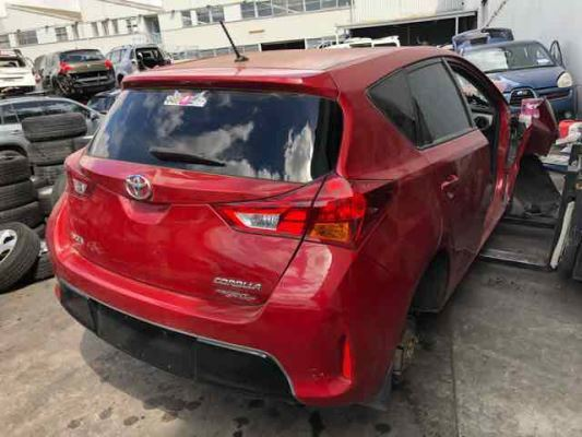 2012 TOYOTA COROLLA ZRE182R ASCENT SPORT 1.8L MULTI POINT F/INJ TAIL LIGHT RIGHT