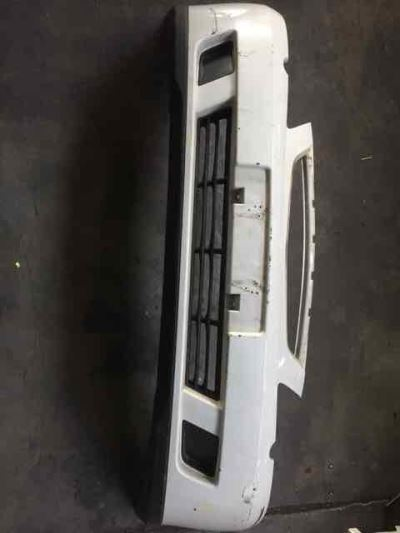2003 HOLDEN COMMODORE VY EXECUTIVE 4 SP AUTOMATIC 3.8L MULTI POINT F/INJ BAR COVER FRONT