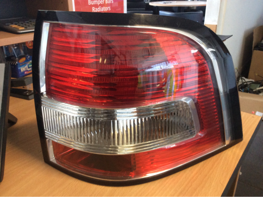 2014 HOLDEN UTE VF 6 SP AUTOMATIC 3.6L MULTI POINT F/INJ TAIL LIGHT RIGHT