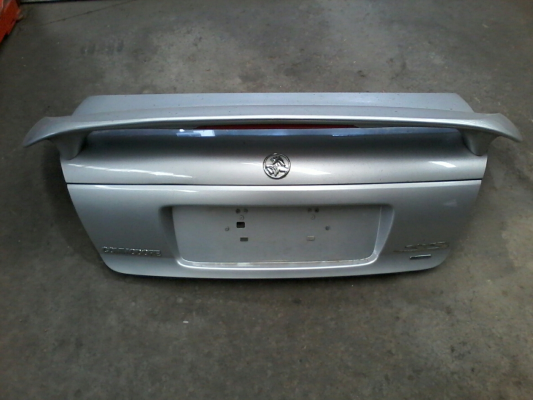 2001 HOLDEN COMMODORE VX SS 4 SP AUTOMATIC 5.7L MULTI POINT F/INJ BOOT LID