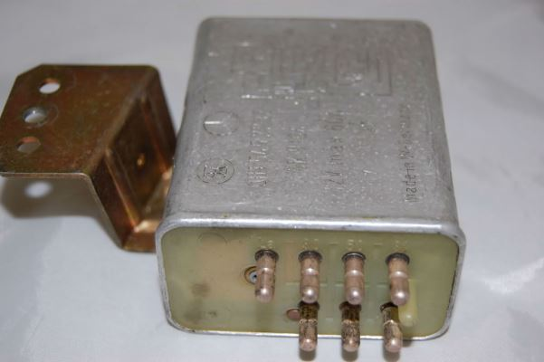 2000 MERCEDES-BENZ 300 W123 GLOW PLUG RELAY