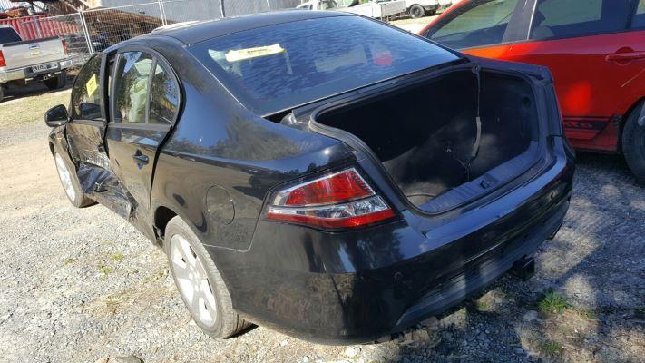 2011 FORD FALCON FG UPGRADE XR6T 6 SP AUTO SEQ SPORTS 4 0L TURBO MPFI FULL  CONSOLE