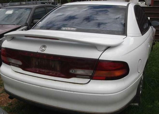 1998 HOLDEN COMMODORE VT 4 SP AUTOMATIC 3.8L MULTI POINT F/INJ BOOT LID
